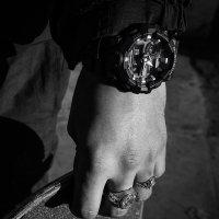 GA-710-1AER - zegarek męski - duże 5