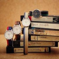 Casio Vintage MTP-E133L-7EEF męski zegarek VINTAGE Perfect Duo pasek