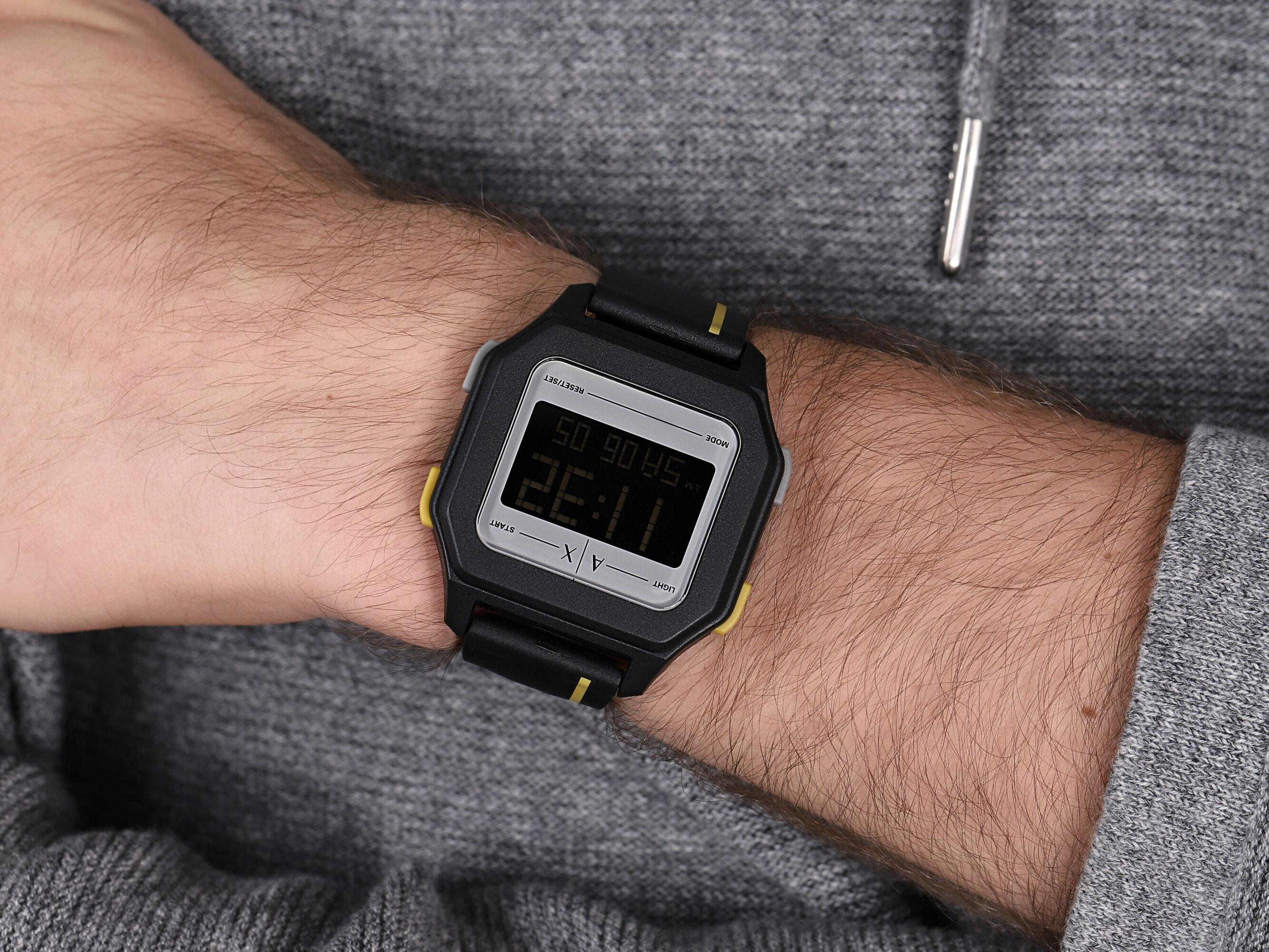Armani Exchange AX2957 SHELL zegarek sportowy Fashion