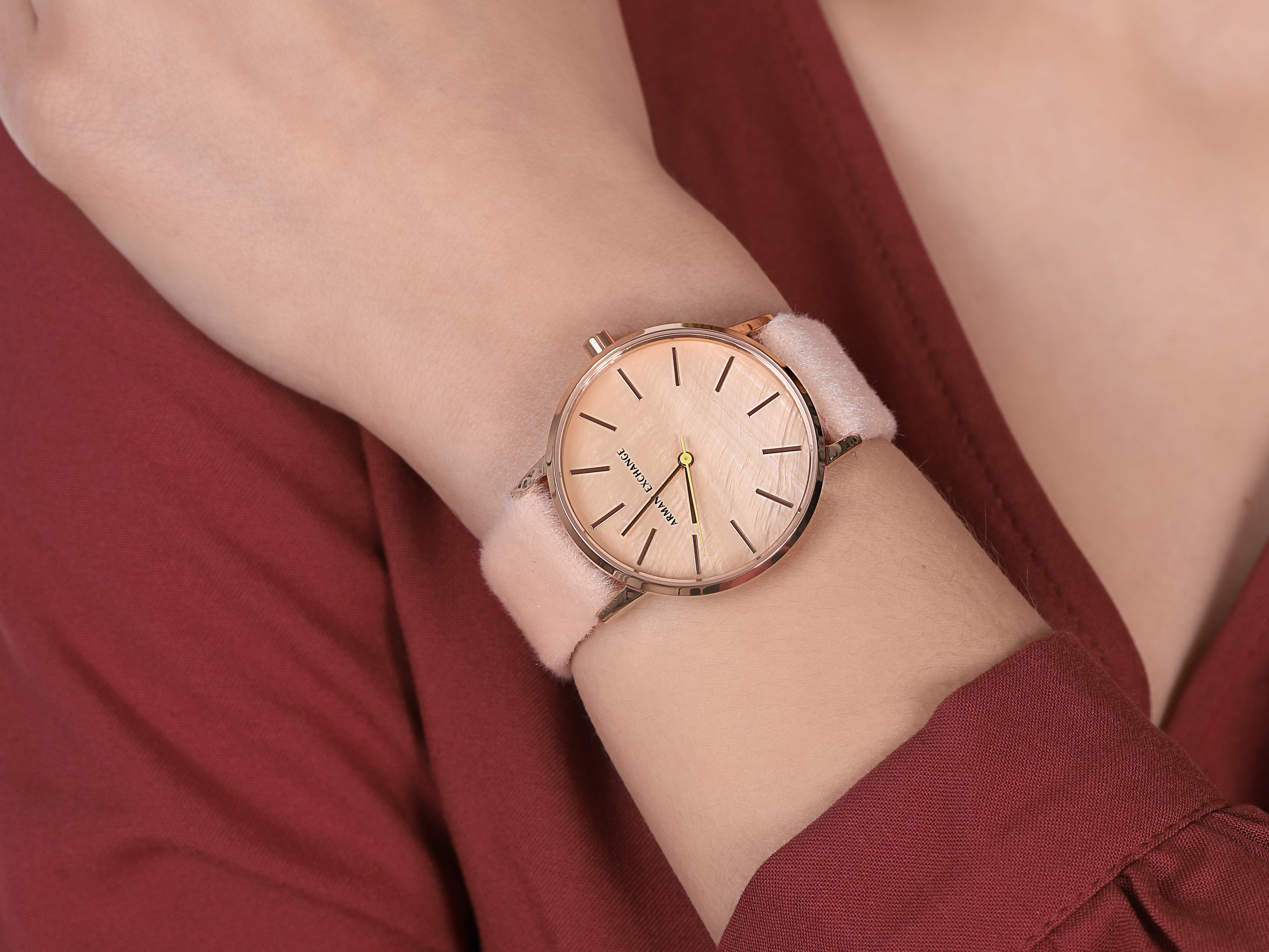 Armani Exchange AX5569 zegarek różowe złoto klasyczny Fashion pasek