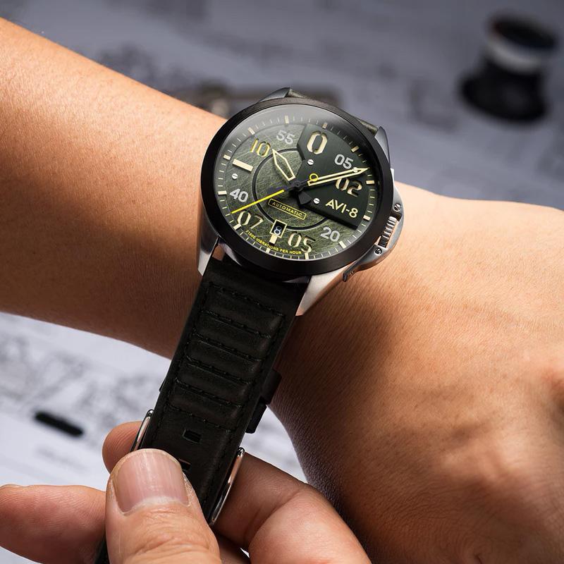 AV-4086-03 zegarek szary klasyczny P-51 Mustang pasek