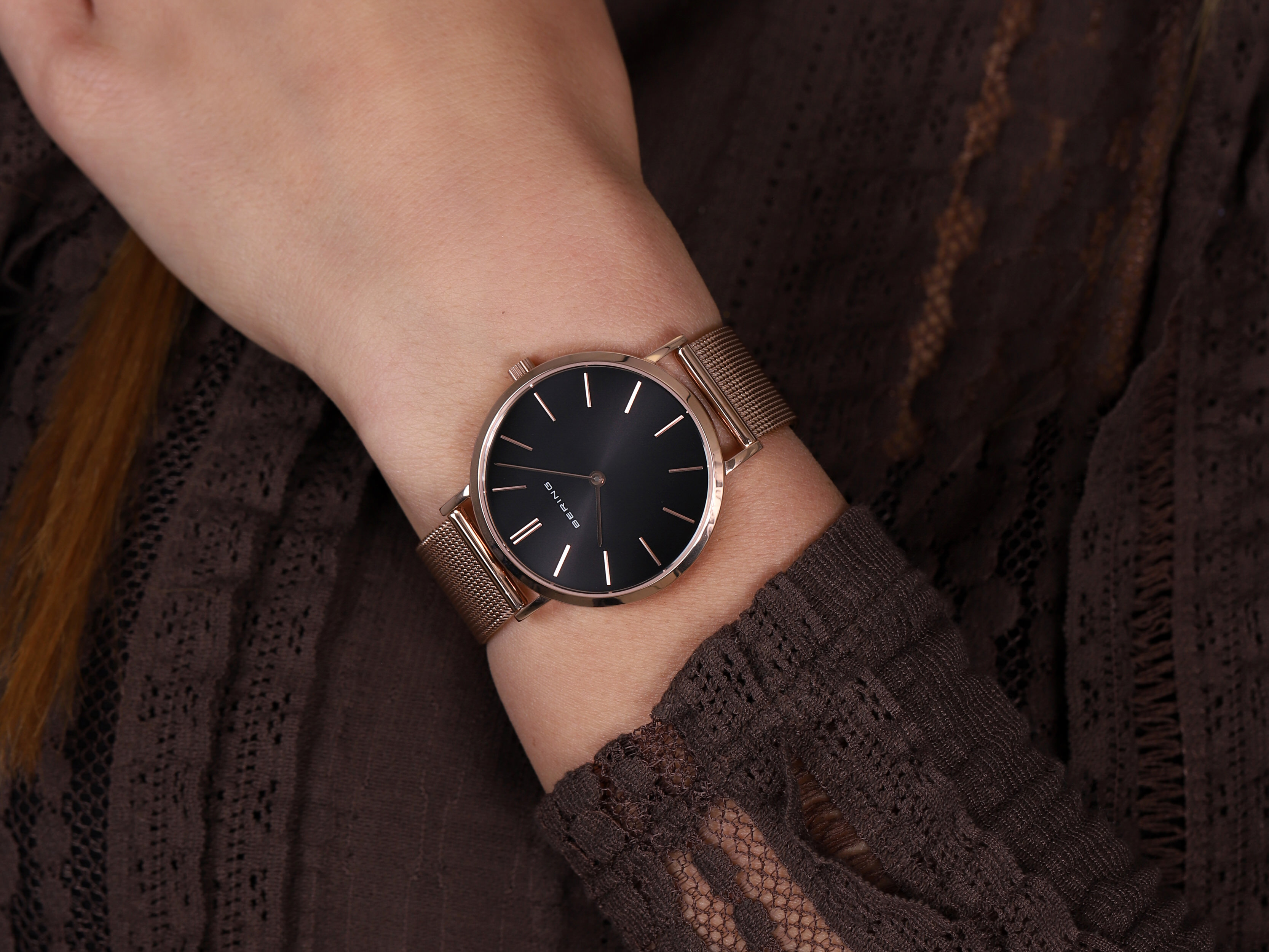 Bering 14134-362 zegarek damski Classic