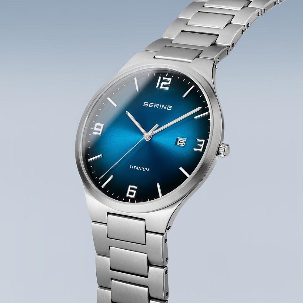 Bering 15240-777 zegarek