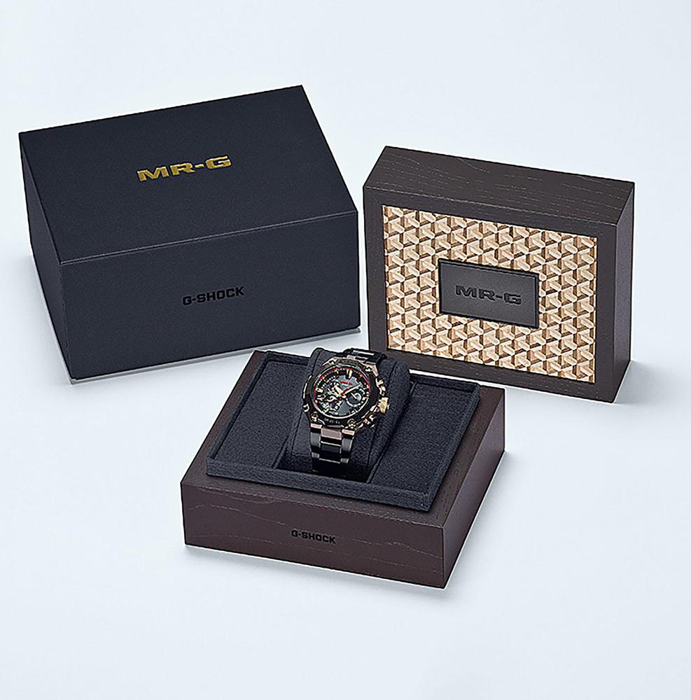 G-SHOCK MRG-B2000BS-3ADR zegarek szary sportowy G-SHOCK Master of G bransoleta