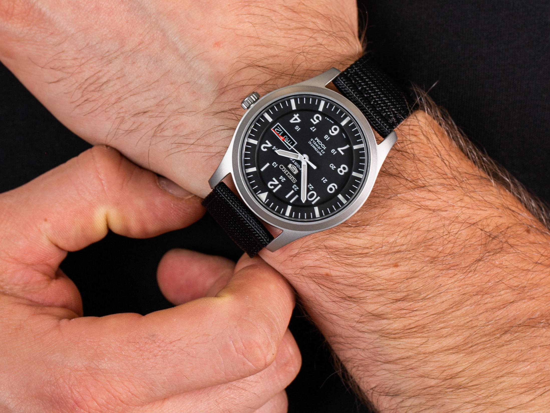 Seiko SNZG15K1 5 Sports Automatic Classic 100m zegarek klasyczny Automatic