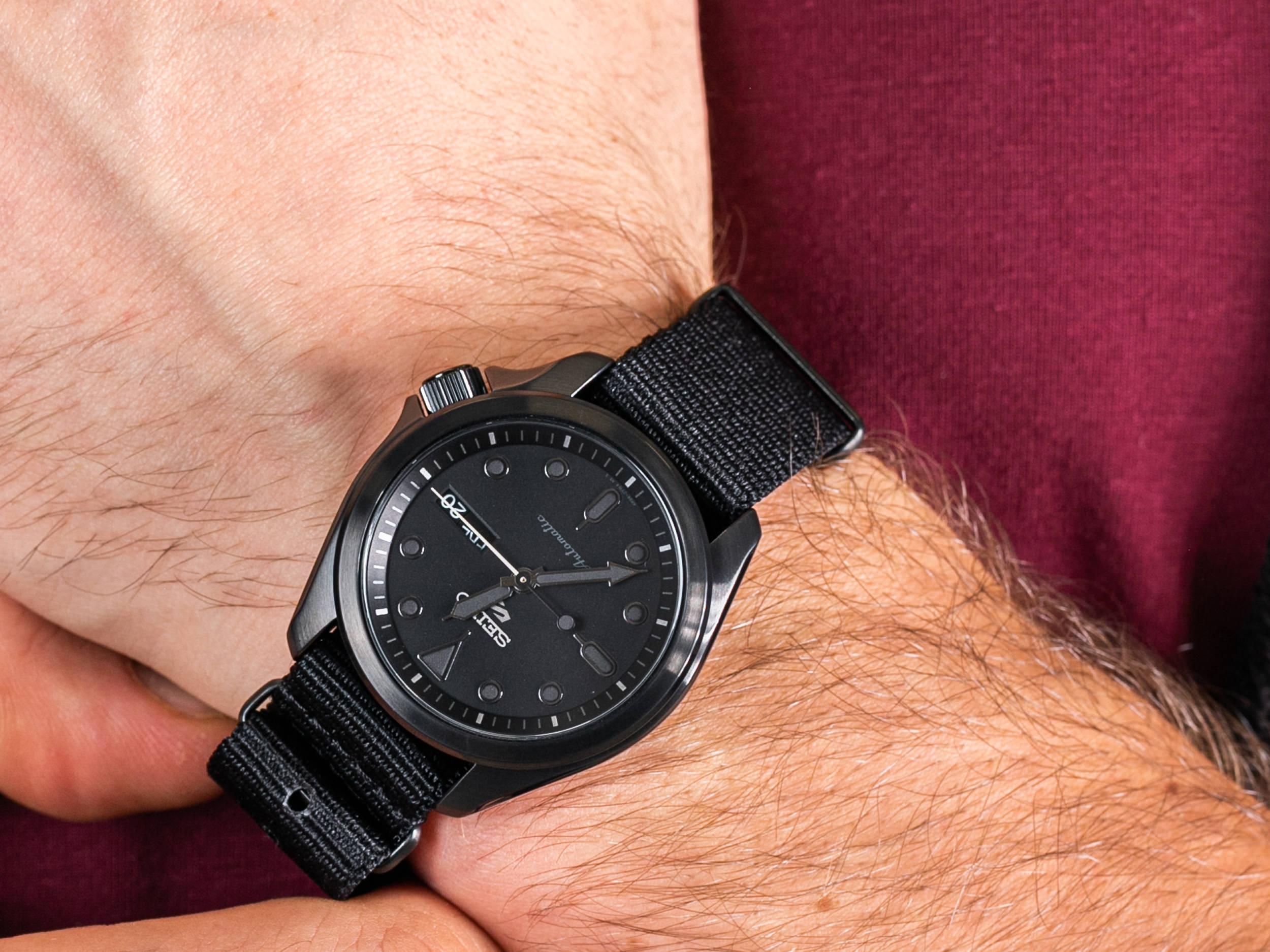 Seiko SRPE69K1 zegarek klasyczny Sports Automat