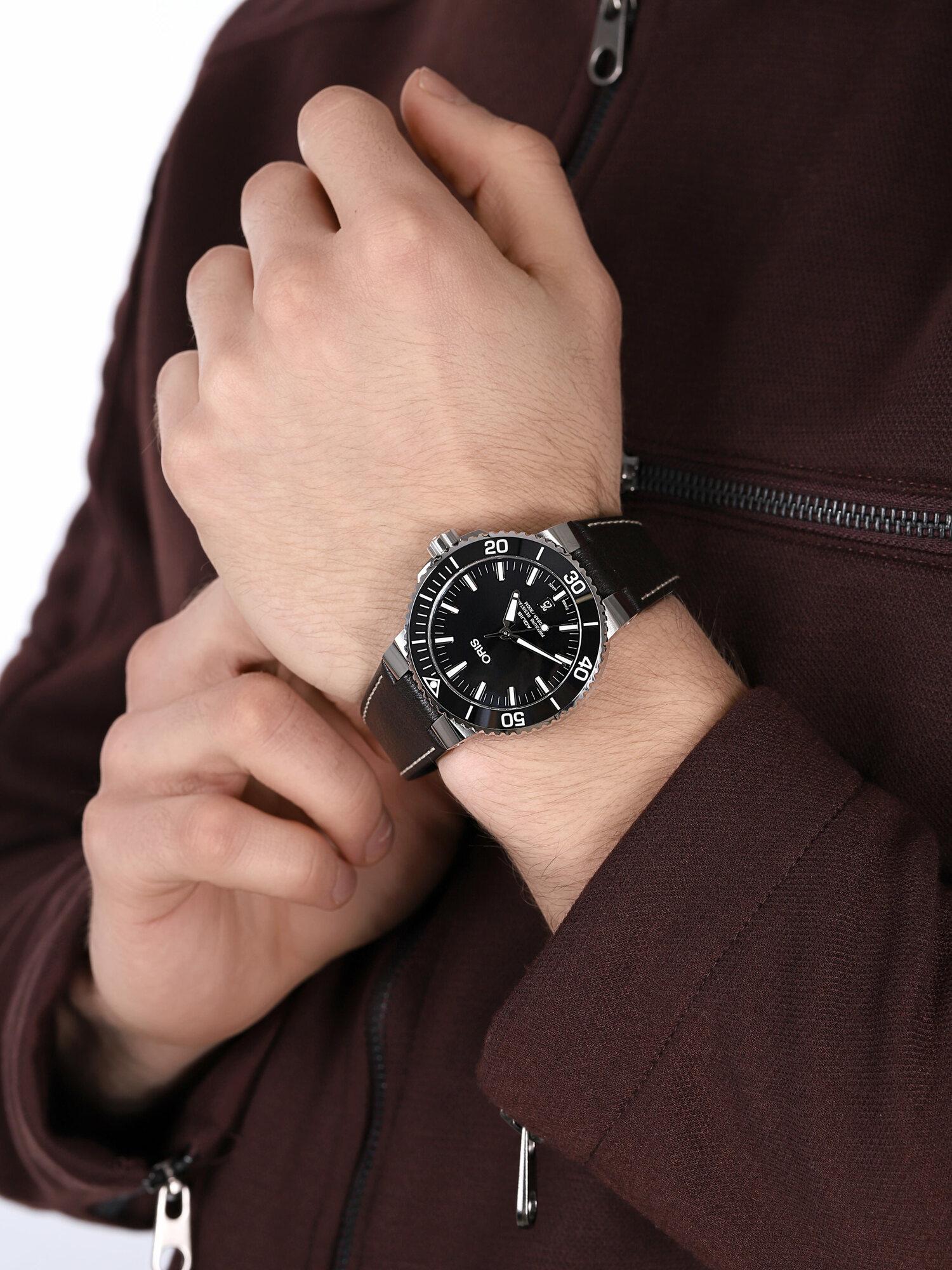 Oris 01 733 7730 4134-07 5 24 10EB męski zegarek Aquis pasek