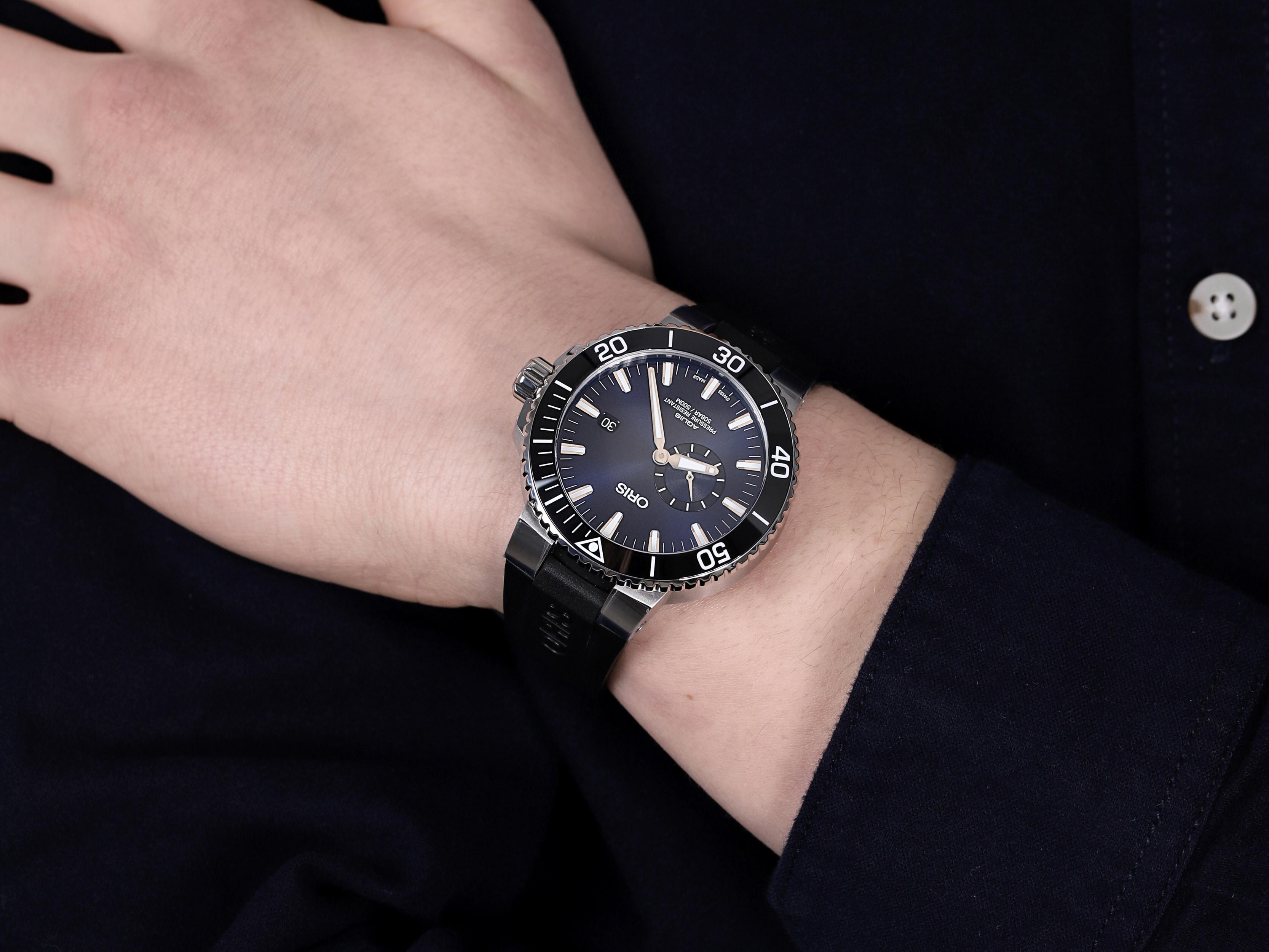 Oris 01 743 7733 4135-07 4 24 64EB męski zegarek Aquis pasek