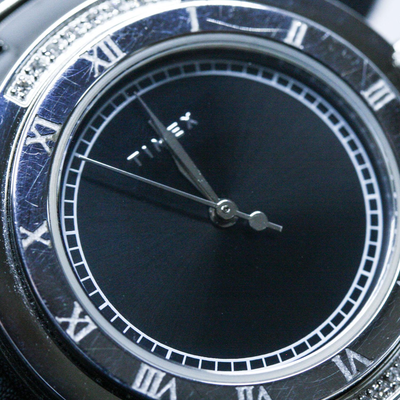 Timex T2M595-POWYSTAWOWY zegarek klasyczny Crystal