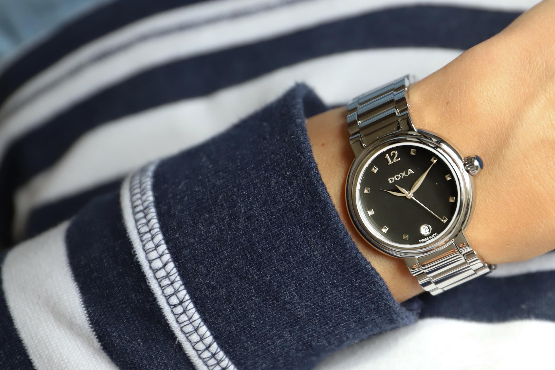 Doxa 510.15.106.10 damski zegarek Blue Stone bransoleta