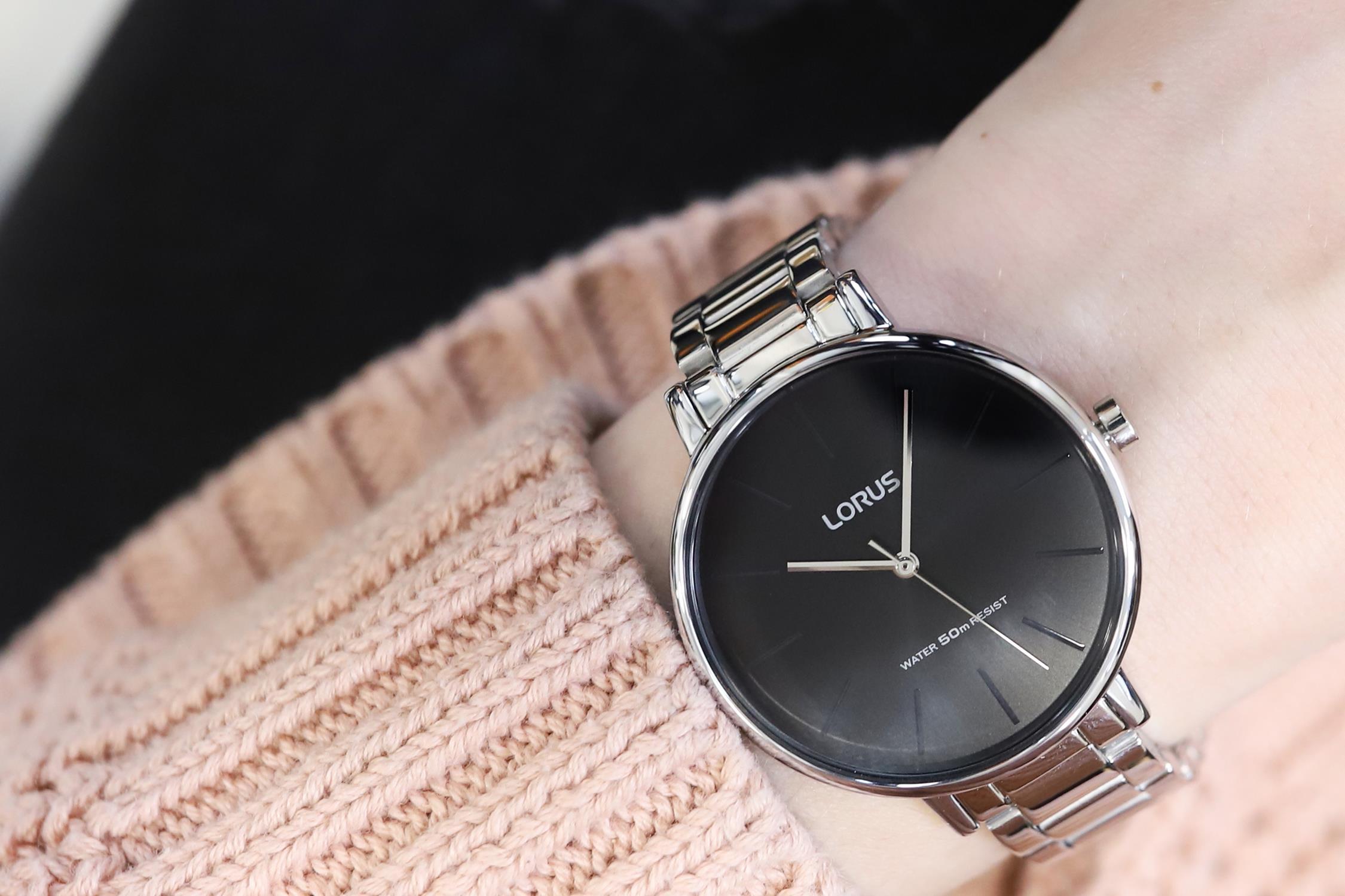 Lorus RG211NX9 zegarek srebrny klasyczny Fashion bransoleta