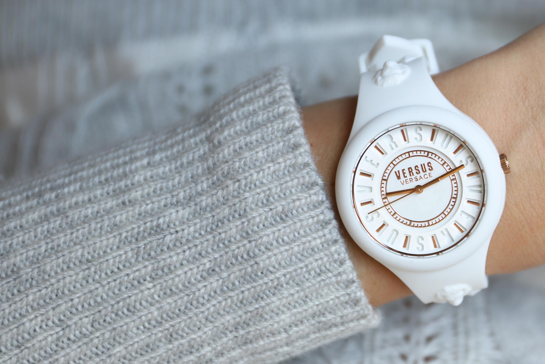 zegarek Versus Versace VSPOQ4219 biały Damskie