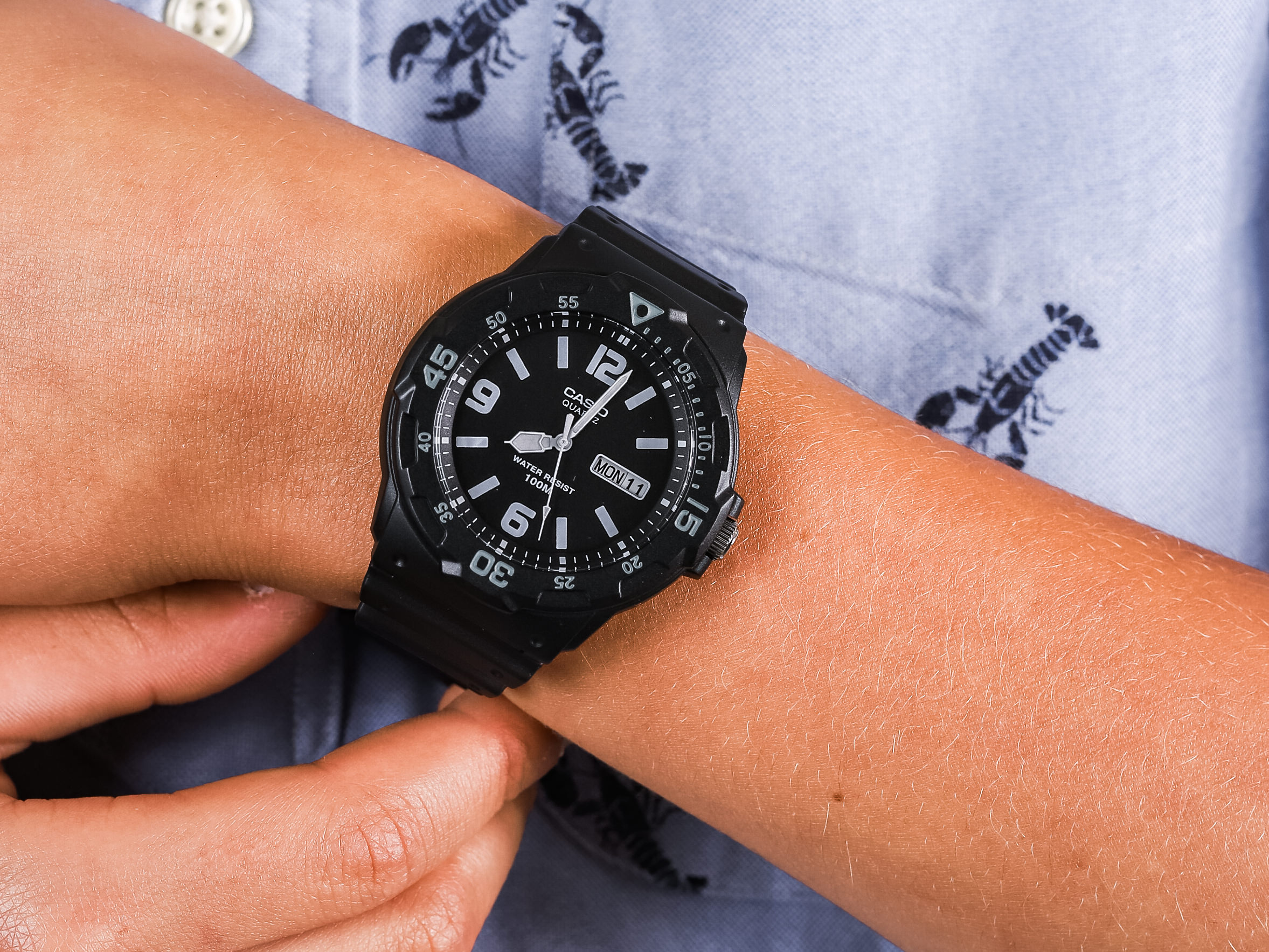 Casio MRW-200H-1B2VEF zegarek klasyczny Sportowe