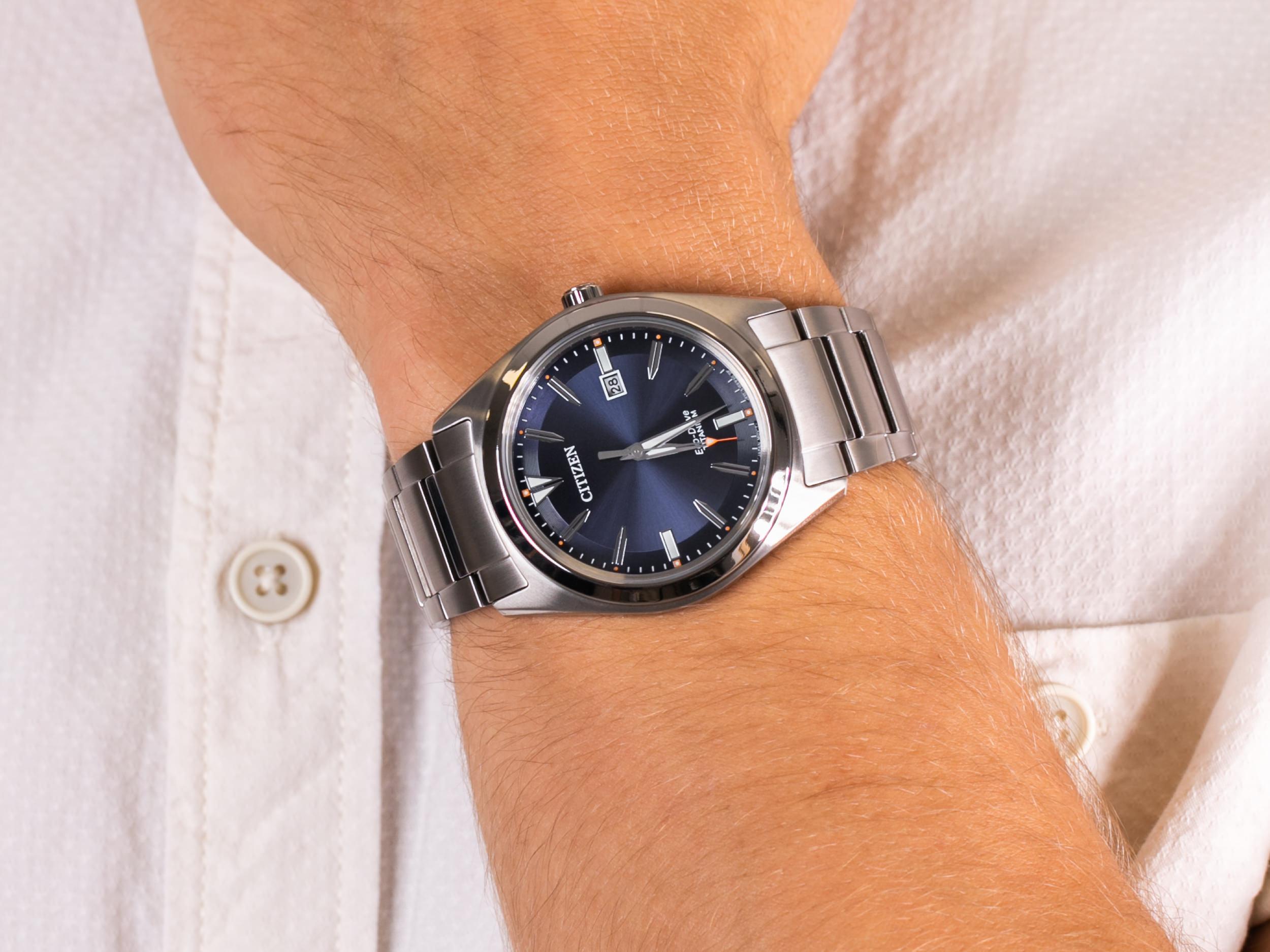 Citizen AW1640-83L zegarek klasyczny Titanium