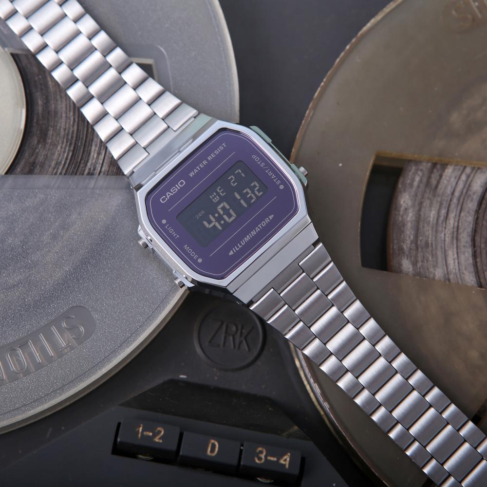 Casio Vintage A168WEM-1EF VINTAGE Maxi MIRROR FACE zegarek męski sportowy z tworzywa sztucznego