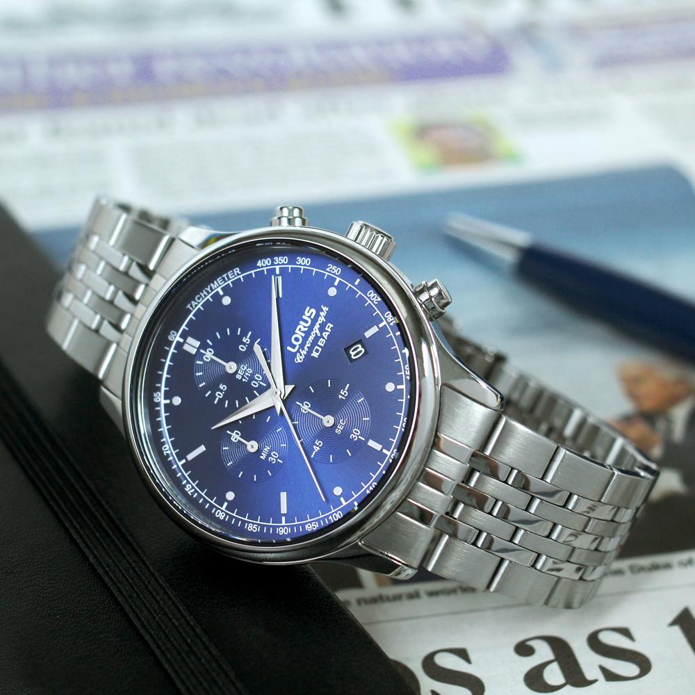 Lorus RM313GX9 zegarek srebrny sportowy Sportowe bransoleta