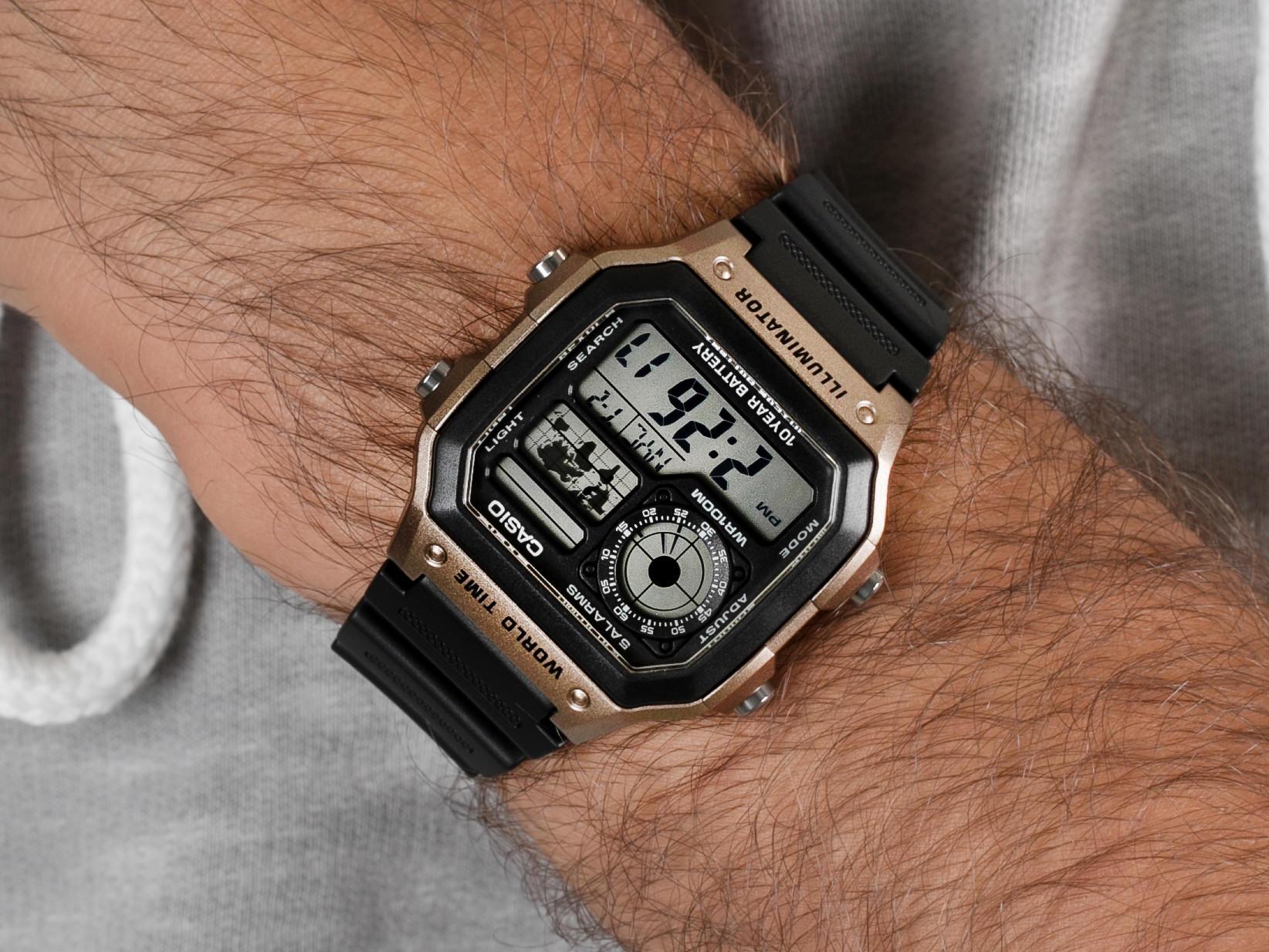 Casio AE-1200WH-5AVEF zegarek sportowy Sportowe