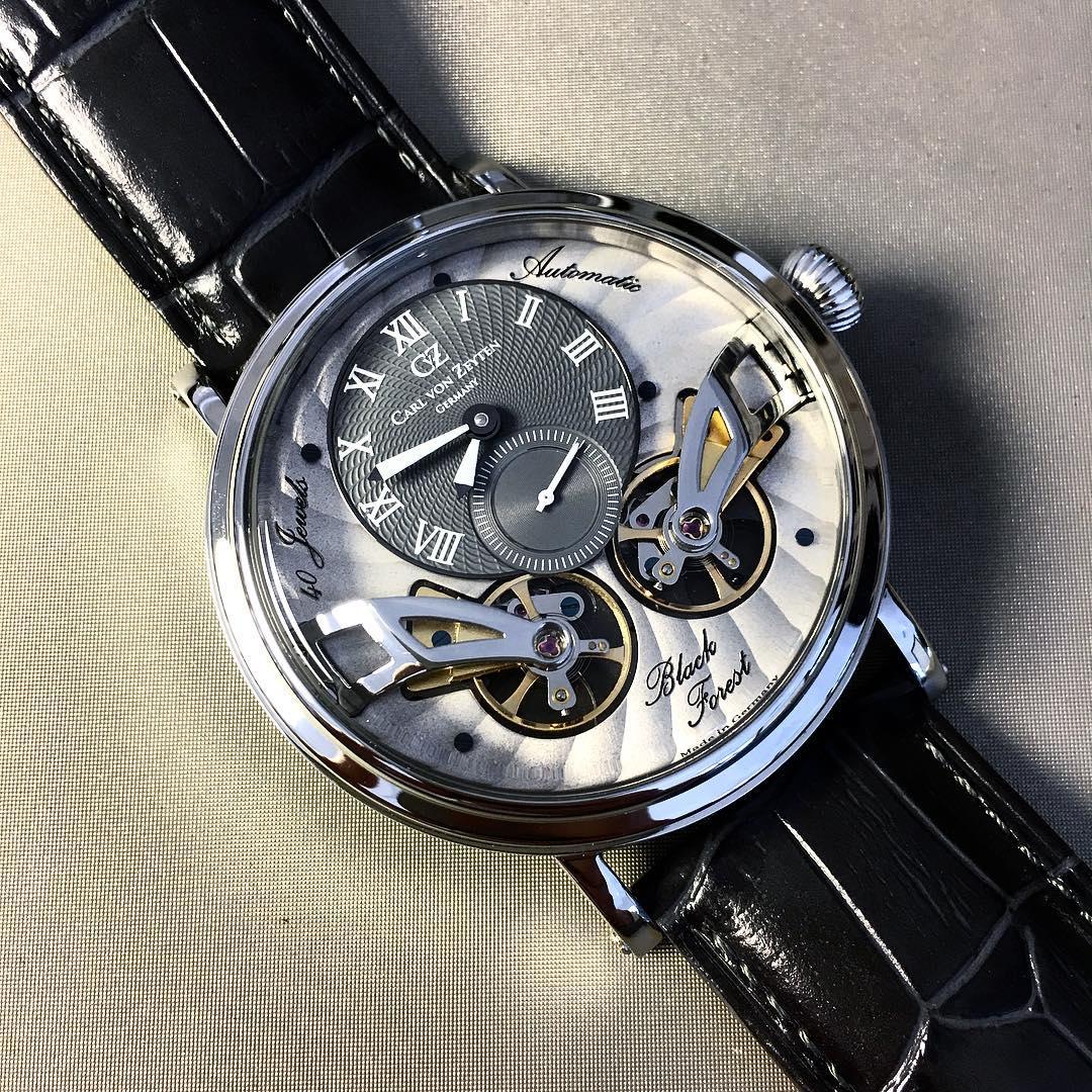 Carl von Zeyten CVZ0017SGY zegarek srebrny klasyczny Black Forest pasek