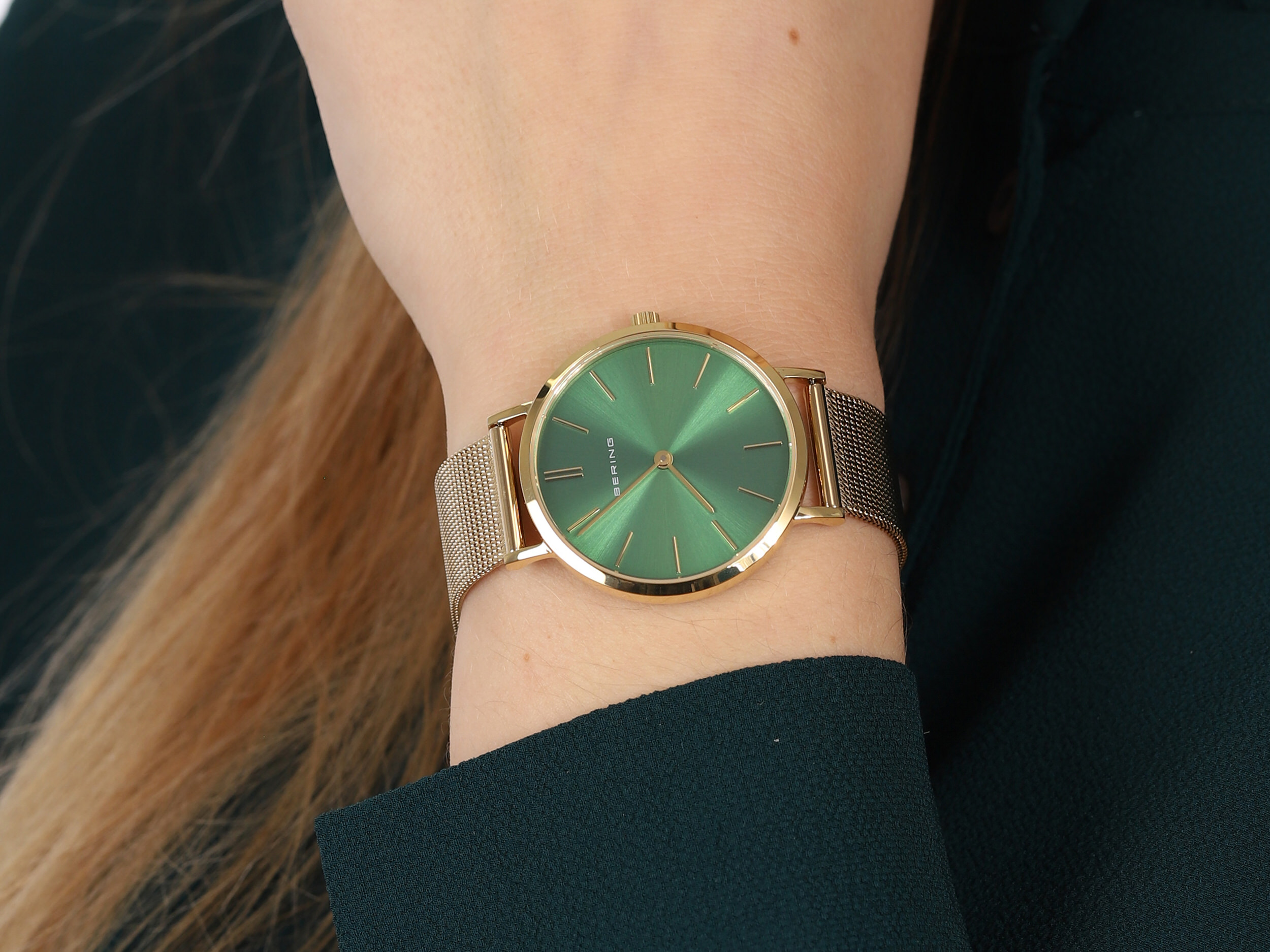 Bering 14134-338 zegarek klasyczny Classic