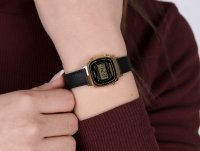 Casio Vintage LA-670WEGL-1EF zegarek złoty fashion/modowy VINTAGE Mini pasek