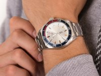 N-83 NAPFWS005 FINN WORLD zegarek klasyczny Nautica N-83