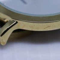 QQ QA21-021-POWYSTAWOWY zegarek klasyczny Damskie