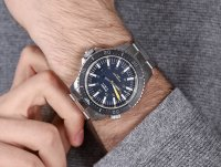 Traser TS-109370 zegarek męski P67 SuperSub srebrny