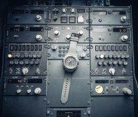 Aviator M.2.30.7.221.6 MIG-29 SMT Chrono Mig Collection sportowy zegarek szary