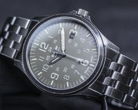 Traser TS-108738 zegarek czarny klasyczny P67 Officer Pro bransoleta