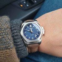 Victorinox 241834 zegarek srebrny klasyczny I.N.O.X. pasek