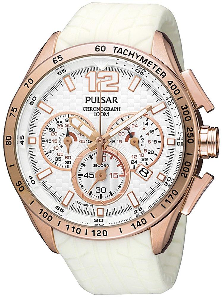 Sportowy, męski zegarek Pulsar PU2022X1 na białym pasku z tworzywa sztucznego. Koperta zegarka została wykonana ze stali i pokryta jest PVD w kolorze różowego złota. Analogowa tarcza zegarka jest w białym kolorze z indeksami, wskazówkami oraz obwódką subtarczy w kolorze różowego złota.