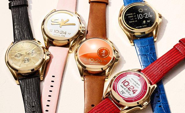 Smartwatche z dotykowym ekranem z różnymi paskami.