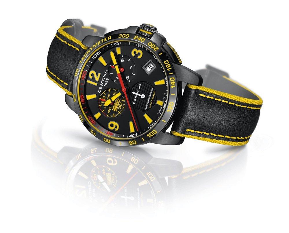 Luksusowy, męski zegarek Certina C034.453.36.057.10 DS Podium Chronograph Lap Timer posiada szkiełko szafirowe, kwarcowy mechanizm oraz tachymetr co powoduje możliwość odczytania prędkości z jaką się poruszamy.