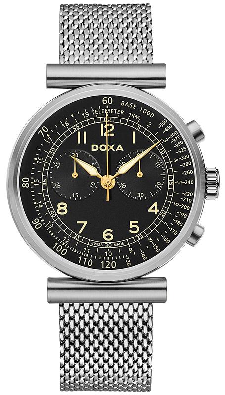 Luksusowy, męski zegarek Doxa 160.10.105.10 Telemeter na srebrnej, stalowej bransolecie typu mesh. Okrągła koperta w srebrnym kolorze. Analogowa tarcza zegarka jest w czarnym kolorze z indeksami i wskazówkami w złoto-żółtym kolorze.