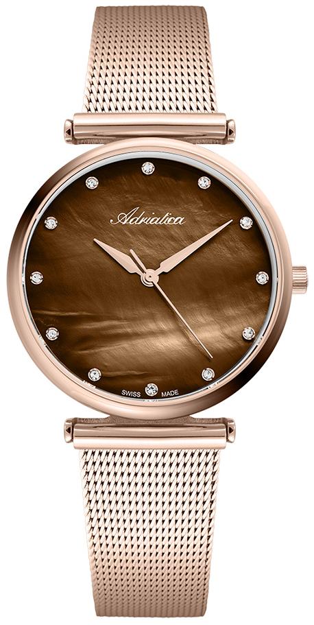 Klasyczny, damski zegarek Adriatica A3712.914UQZ na bransolecie typu mesh. Tarcza zegarka jest zrobiona z masy perłowej w brązowym kolorze.