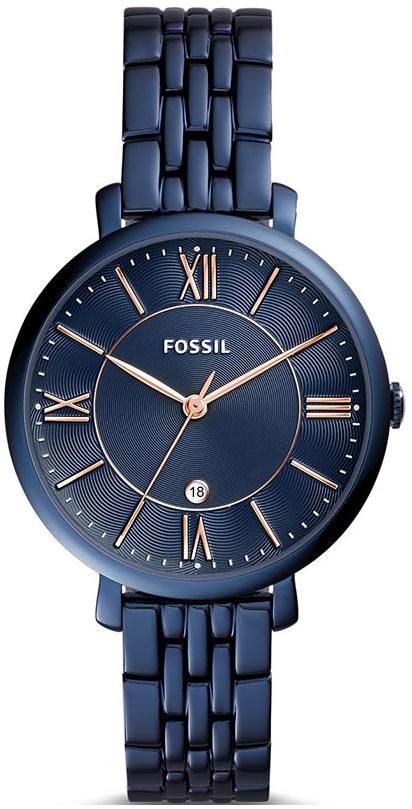 Modny, damski zegarek Fossil ES4094 JACQUELINE na bransolecie i kopercie ze stali w niebieskim kolorze. Giloszowana tarcza jest w tym samym kolorze co bransoleta oraz posiada datownik na godzinie szóstej. Wskazówki jak i indeksy są w kolorze różowego złota.