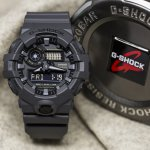 Zegarek męski Casio g-shock original GA-700UC-8AER - duże 7