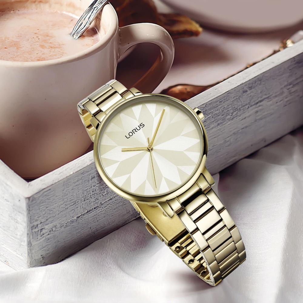 Klasyczny zegarek Lorus w złotym kolorze, pasujący do każdej stylizacji