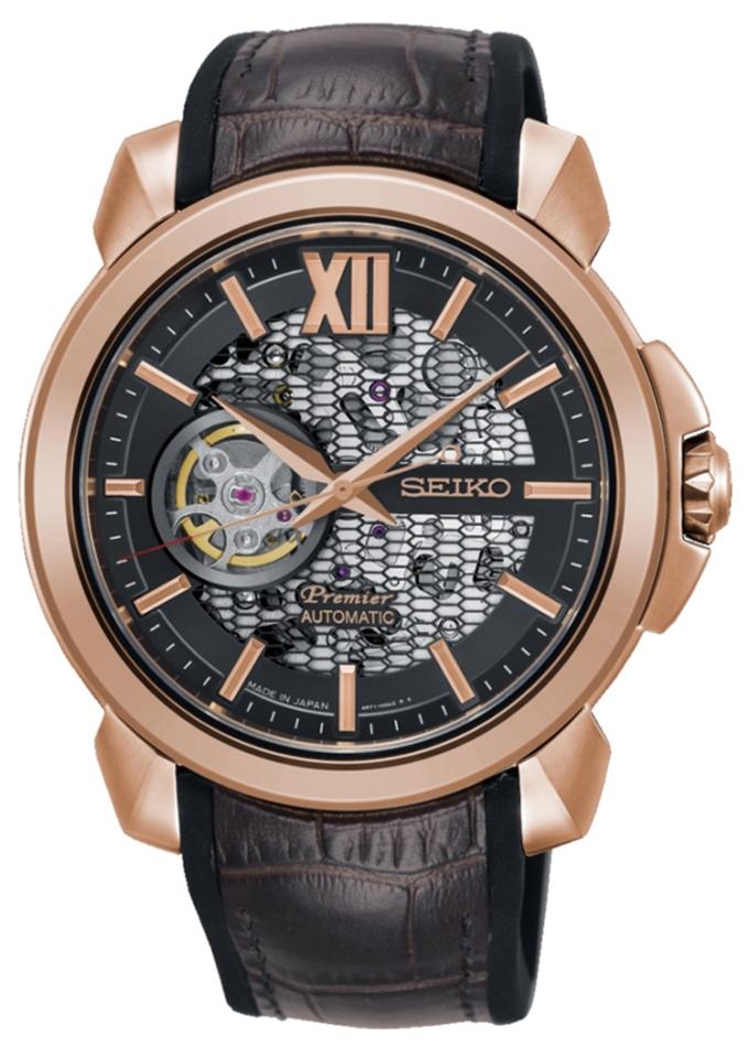 Limitowany, męski zegarek Seiko Premier SSA374J1 Novak Djokovic Limited Edition na skórzanym brązowym pasku z stalową kopertą w kolorze różowego złota. Tracza zegarka pokazuje mechanizm zegarka.
