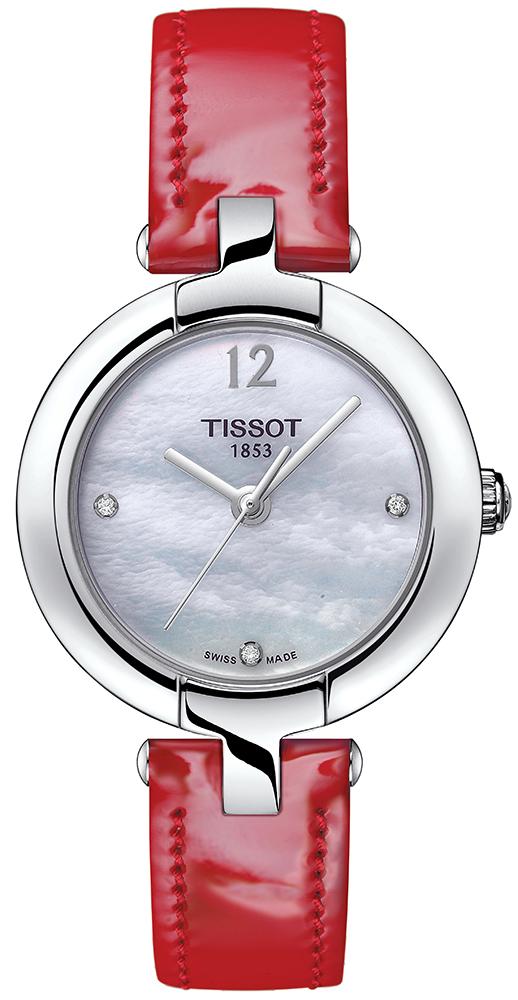 Klasyczny, damski zegarek Tissot T084.210.16.116.00 PINKY BY TISSOT na skórzanym, czerwonym pasku ze stalową kopertą w srebrnym kolorze Tarcza zegarka jest z masy perłowej z diamentami a wskazówki oraz godzina dwunasta na zegarku są w srebrnym kolorze.