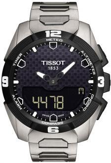 Sportowy, męski zegarek Tissot T091.420.44.051.00 T-TOUCH EXPERT SOLAR na tytanowej bransolecie i kopercie w srebrnym kolorze. Analogowo-cyfrowa tarcza jest dotykowa co ułatwia korzystanie z niej. Wielofunkcyjna tarcza jest w czarnym kolorze z indeksami i wskazówkami w czarno-białym kolorze.