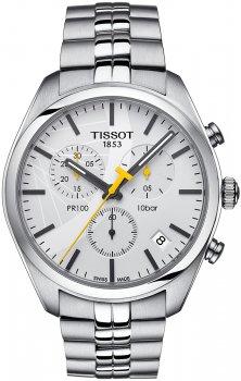 Atrakcyjny, męski zegarek Tissot T101.417.11.031.01 PR 100 Tour de France 2016 na srebrnej bransolecie wykonanej ze stali. Koperta zegarka jest okrągła w srebrnym kolorze ze stali. Tarcza zegarka Tissot jest analogowa w białym kolorze z subtarczami oraz datownikiem. Wskazówki jak i indeksy sa w czarnym kolorze oprócz wskazówki sekundnika, która jest żółta.