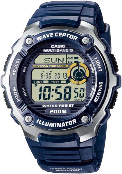 Sportowy, męski zegarek Casio WV-200E-2AVEF na niebieskim pasku z tworzywa sztucznego, okrągła koperta jest w różnych kolorach takich jak srebrny i niebieski. Zegarek posiada cyfrową tarczę w niebieskim kolorze.