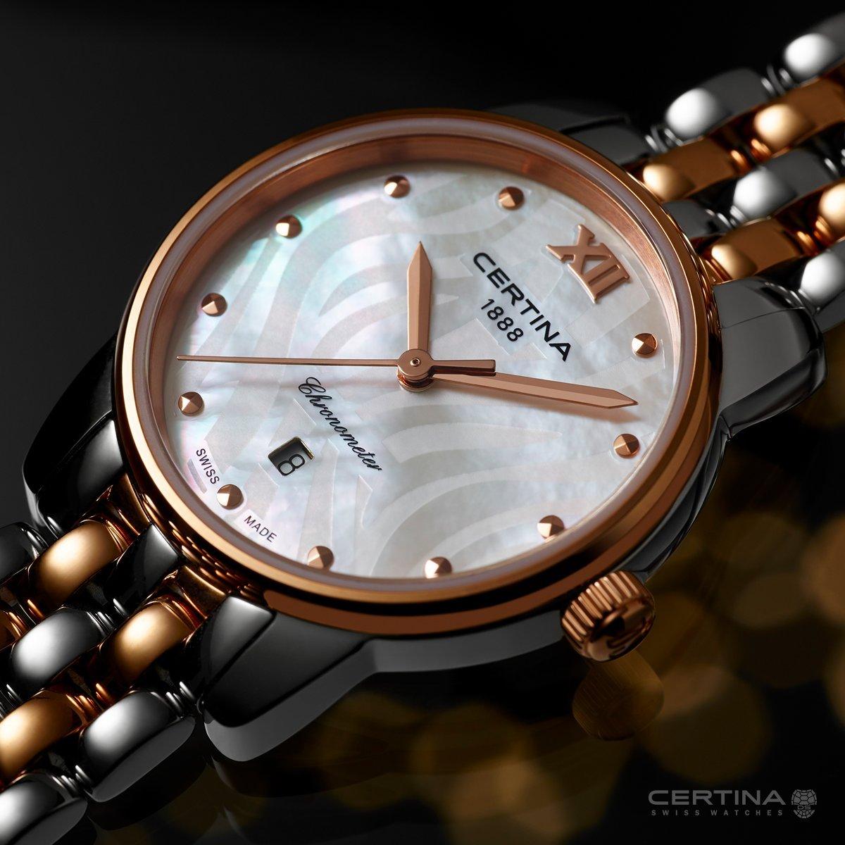Niezwykły zegarek Certina C033.051.22.118.00 DS-8 z mieniącą się tarczą z masy perłowej i stalowej bransolety oraz koperty w kolorze srebra i złotego różu.