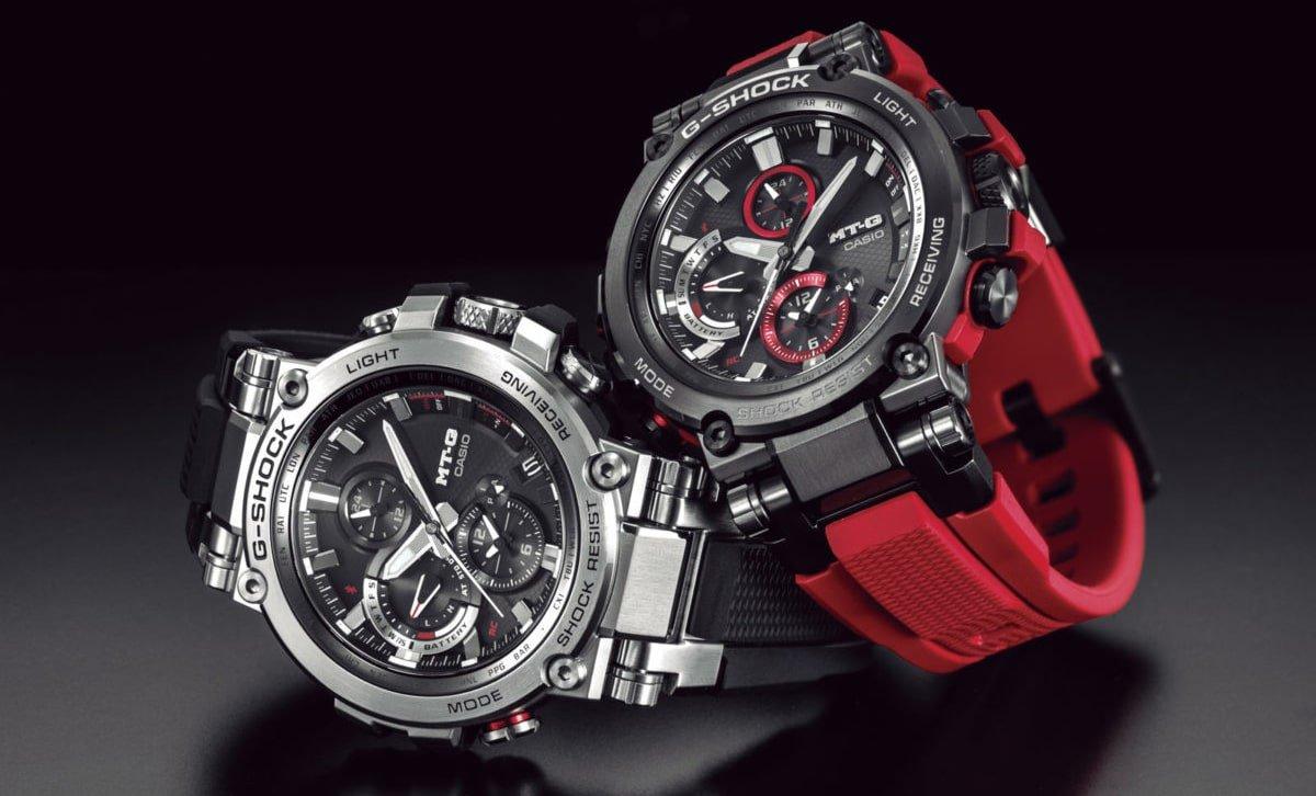 Luksusowe, zegarki G-Shock MT-G MTG-B1000B-1A4ER na pasku z tworzywa sztucznego w czarnym oraz czerwonym kolorze. Koperta zegarków jest z stali oraz karbonu w srebrnym oraz czarnym kolorze.