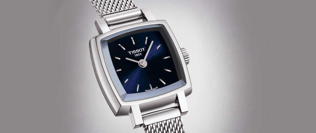 Klasyczny zegarek Tissot T058.109.11.041.00 z kwadratową kopertą ze stali oraz bransoletą typu mesh w srebrnym kolorze.