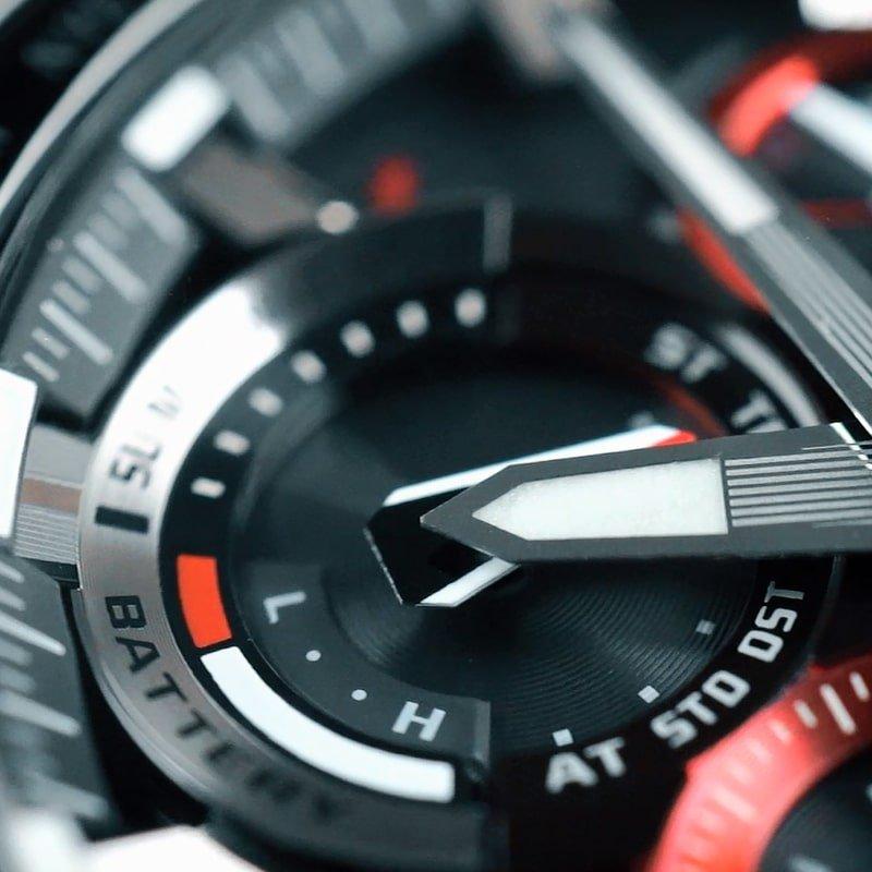 Niezawodny, męski zegarek G-Shock MT-G MTG-B1000B-1A4ER z podświetleniem Super Illuminator.