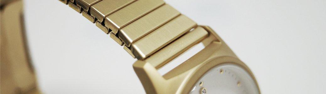 Zegarek Esprit ES1L032E0115 z powłoka dokonaną przez platerowanie.