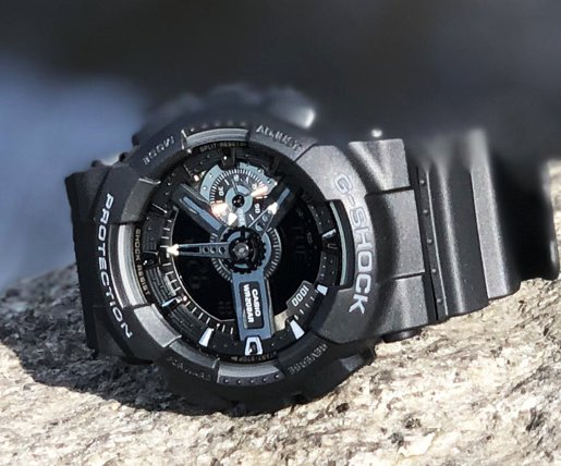 Wytrzymały zegarek G-Shock w czarnym kolorze i sportowym stylu.
