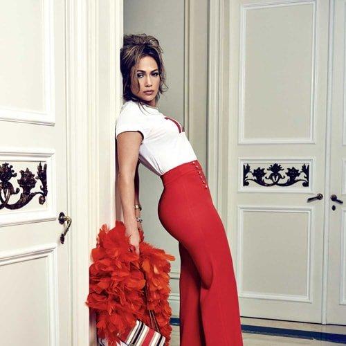 Jennifer Lopez nową twarzą zegarków modowych marki Guess.